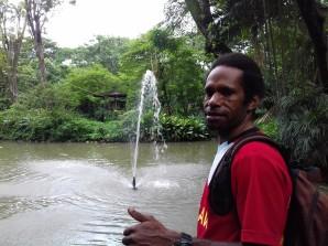 Foto Vicky di Kebun Binatang Surabaya