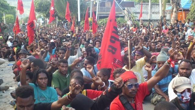 Aksi demo damai tanggal 13 juli 2016 - Taloid Wani